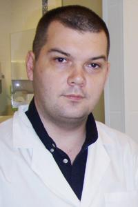 Эльмаджи Роман Викторович - сердечно-сосудистый хирург (флеболог)
